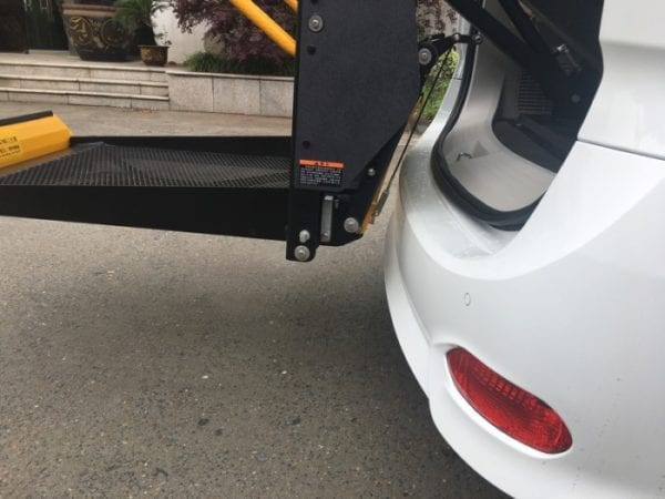 Hydraulic Accessible Wheelchair Lift hoist for vehicle GILANI ENGINEERING