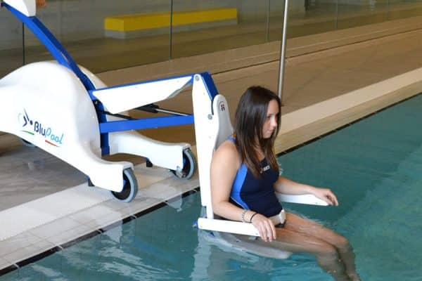 BluePool Portable pool lift Gilani Engineering.