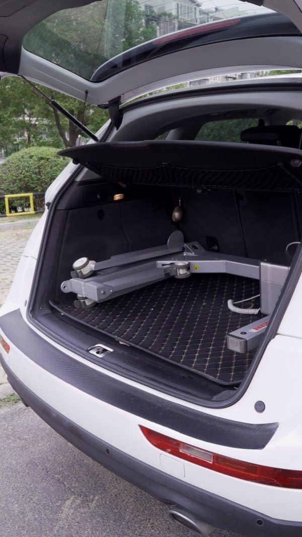 Portable Vehicle Hoist with lifter and sling Person Transport for car